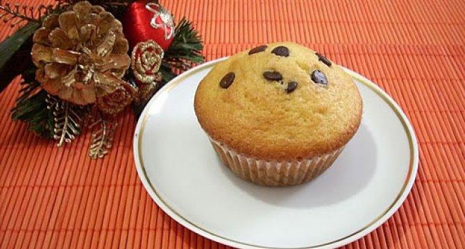 Muffins cu perle de ciocolata