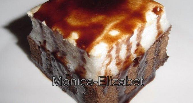 Negresa cu bezea si glazura de ciocolata
