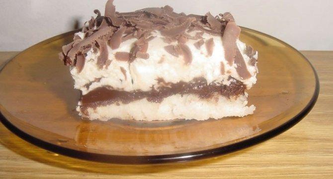 Prajitura cu nuca de cocos, ciocolata si crema de vanilie