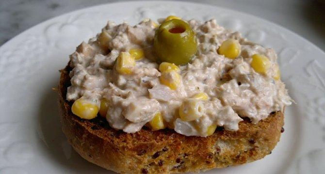 Salata de peste cu ciuperci