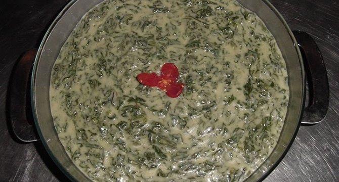 Spanac in sos Bechamel - Spanac ardelenesc