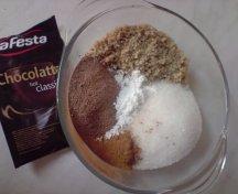 Amestecul cu ciocolata calda