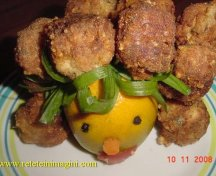 Chiftelute pe suport de portocala