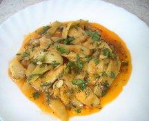Mancarica de pastai cu sos de usturoi