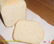 Paine alba la masina de paine