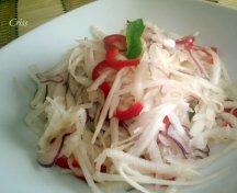 Salata de ridiche alba