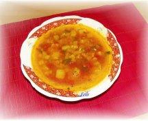 Supa de dovlecei cu rosii