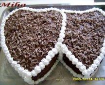 Tort cu blat de cacao si mousse de ciocolata