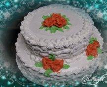 Tort cu mousse de capsuni si crema de vanilie