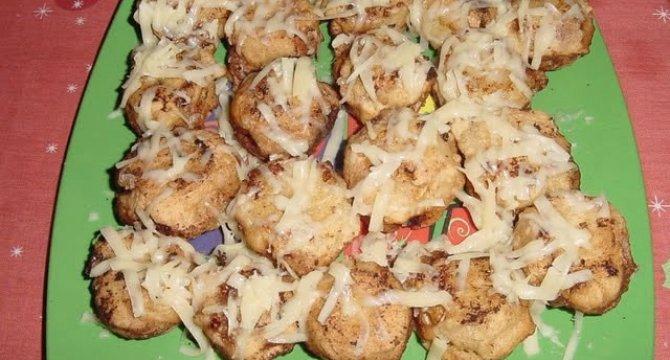 Ciuperci umplute cu crema de branza