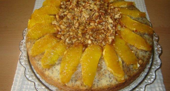 Prajitura cu mac, nuci caramelizate si portocale