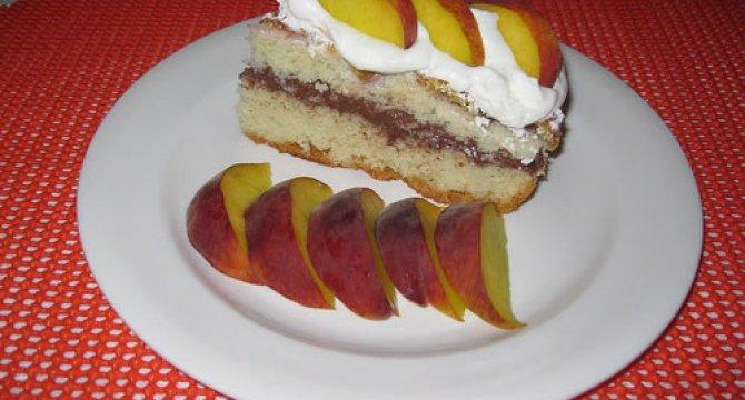 Prajitura cu nectarine si crema