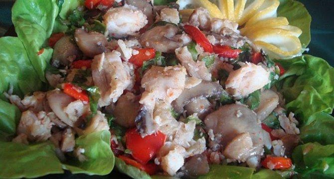 Salata calda de pangasius
