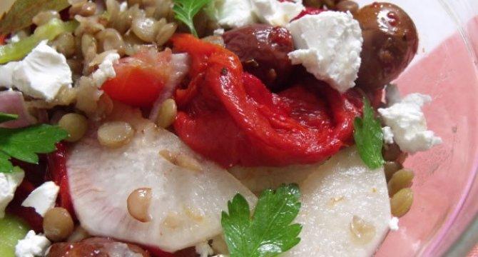 Salata cu linte si branza feta