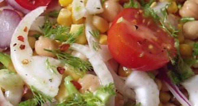 Salata de fenicul cu naut si porumb