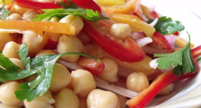 Salata de naut cu ardei