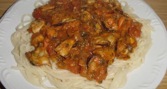 Spaghete cu scoici