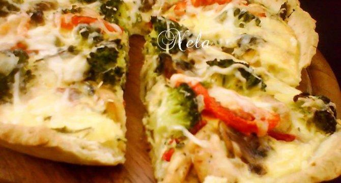 Tarta cu broccoli si piept de pui