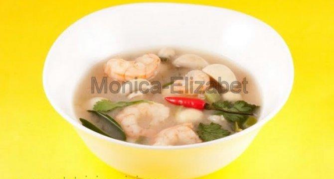 Thom Yam Goong Supa tailandeza