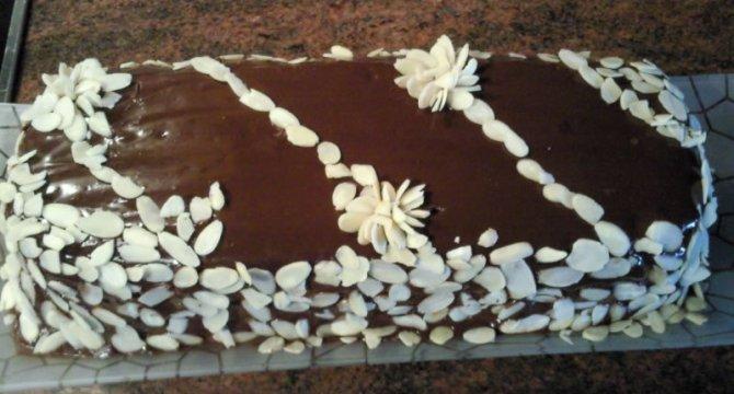 Tort ciocolatos 1