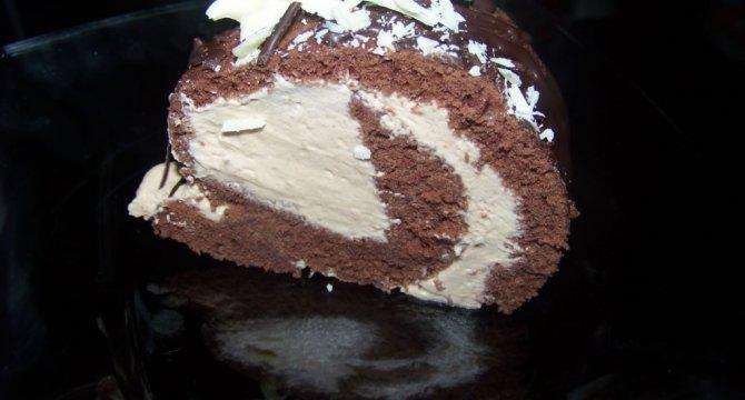 Trunchi de cacao cu crema de capuccino