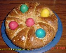 Colac de paine cu Oua pentru Paste