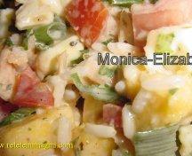 Salata exotica cu somon afumat si orez