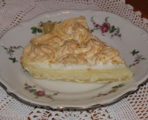 Tarta cu crema de lamaie si meringue